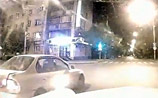 """В Красноярске мститель на старой """"Волге"""" таранит хамов и выкладывает ВИДЕО"""