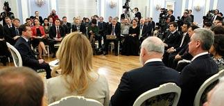 Медведев снова разъяснил свои амбициозные премьерские планы, собрав сторонников