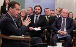 Почитав обидные газеты, Медведев опроверг: его идеи никуда не денутся и при Путине