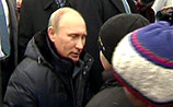 Будни села Головчино: Путин грозил бормашиной, общался с детьми и старцами