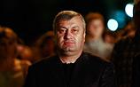 Кокойты ушел с поста президента Южной Осетии и выпил пива с пирогами