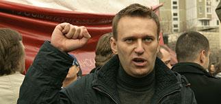 """Кумир протестующих Навальный занялся """"делом ЮКОСа"""" и одновременно удивил Рунет"""