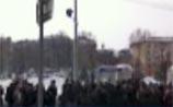 В Казани толпа с шампанским осадила МВД. Полиция придумала сделать участки, как в Грузии