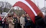Легионеры SS спокойно прошествовали по центру Риги, Москва возмущена