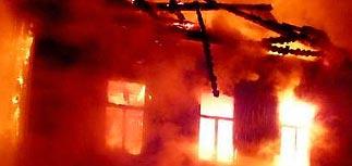 Степной пожар в Забайкалье перекинулся на поселок