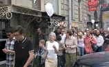 """""""Прогулка"""" по-питерски: ни шагу за поребрик, читая Пушкина, вместе с Сокуровым"""