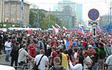 Перед матчем с греками Россия удвоит армию своих болельщиков в Варшаве