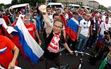 Марш болельщиков из России в Варшаве: столкновения и  стрельба. Одному проломили голову