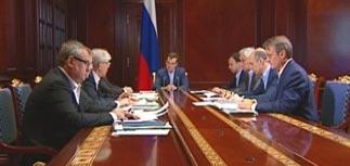 Глава ЦБ о будущем рубля: будет падать вместе с нефтью