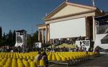 """Гран-при """"Кинотавра"""" получил фильм о тайных поисках приемных родителей"""