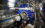 Физики готовят сенсацию: завтра Вселенная может сжаться до размеров футбольного мяча