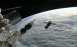 """""""Прогресс"""" отвели от МКС на безопасное расстояние. Не выйдет состыковать - затопят"""