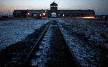 """В Германии нашли 50 бывших надзирателей """"Освенцима"""" - дряхлых, но живых"""