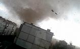"""""""Смерч"""" под Тулой: ветер сорвал крыши, выбил стекла и выкорчевал деревья (ВИДЕО)"""