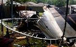 В США небольшой самолет упал на жилые дома