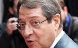 Президент Кипра оскандалился, слетав в Париж на самолете русского олигарха с фамилией сенатора