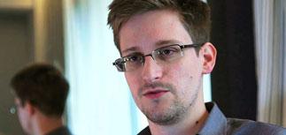 Сноуден может получить в РФ не только убежище, но и паспорт