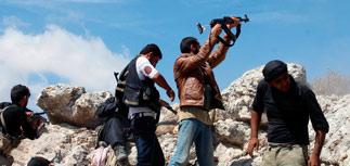 """Сотни мятежников в Сирии разом вступили в ряды """"Аль-Каиды"""""""