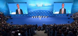 Экономический манифест Медведева: за общими фразами - курс на радикальные реформы