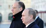 Путин заканчивает визит в Италию, а в России обсуждают его опоздание к Папе Римскому
