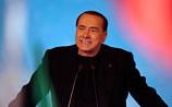"""Берлускони изгнали из Сената Италии: """"Это горький, траурный день для демократии"""""""