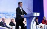 """Медведев обещает закрыть Россию для ГМО-продукции. Американцы """"пусть себя кормят"""""""