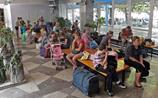 В РФ насчитали уже 400 тысяч беженцев. Кремль предлагает их детям гражданство по рождению
