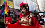 Китайские гей-активисты хотят засудить клинику в КНР, где лечат от гомосексуализма