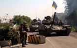 Донецк, где в ходе боев погибли двое мирных жителей, постепенно остается без электричества