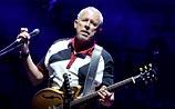 Макаревич возобновил концерт в Москве. Попытку срыва взяли на себя лимоновцы