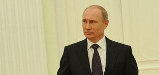 """Путина """"умоляют"""" провести либерализацию экономики из-за санкций, заявляет пресса"""