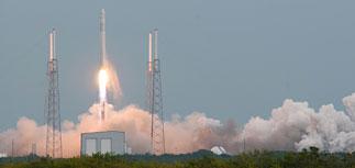 Ракета SpaceX с грузом для МКС взорвалась после старта
