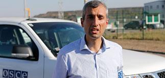 """За год границу Украины и России пересекли более 20 машин с меткой """"груз 200"""""""
