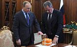Шойгу принес в Кремль 'черный ящик' сбитого Су-24. Путин приказал его вскрыть, но со специалистами