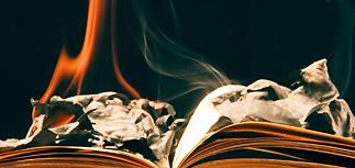 В Воркуте сожгли книги от Фонда Сороса