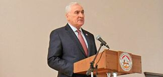 Президент Южной Осетии анонсировал референдум о присоединении к России