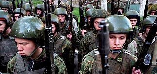 """""""Теневое ЦРУ"""": Путин создал Нацгвардию, чтобы обезопасить себя от госпереворота"""