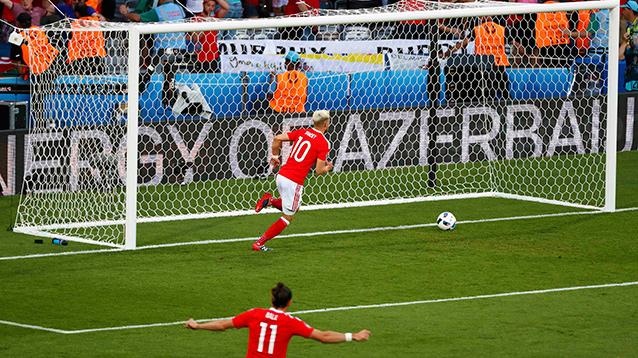 Россия крупно проиграла Уэльсу и вылетела с Евро-2016