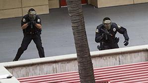 Мужчину с арсеналом оружия задержали по дороге на ЛГБТ-фестиваль в Лос-Анджелесе