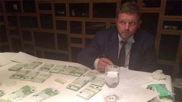 Губернатор Кировской области задержан в Москве за получение взятки в 400 тысяч евро