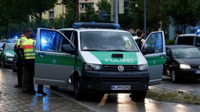 В крупнейшем торговом центре Мюнхена произошел теракт