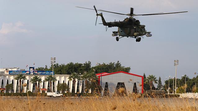 Террористы сбили российский вертолет в Сирии, экипаж погиб