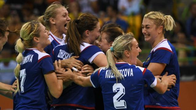 Российские гандболистки впервые в истории завоевали олимпийское золото