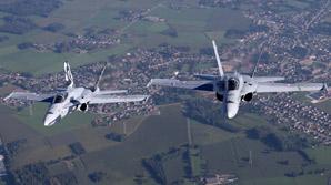 Борт с делегацией Путина, летевший в Перу, сопроводили два истребителя Швейцарии (ВИДЕО)