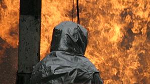 Под Смоленском мужчина убил двух односельчан, поджег два дома и открыл огонь по пожарным
