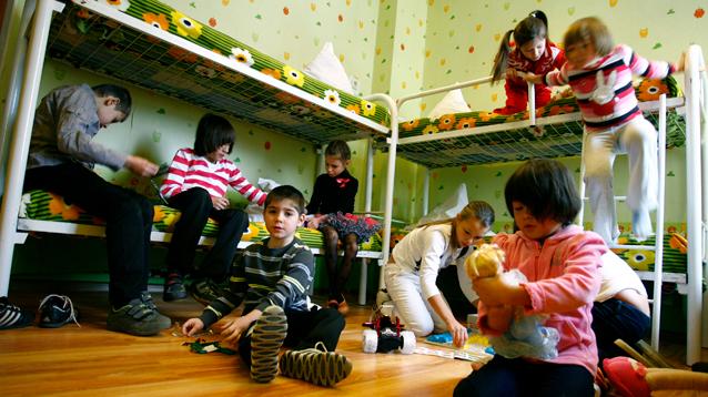 Американцам могут разрешить усыновлять российских сирот