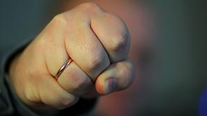 В Екатеринбурге отмечен рост насилия в 2,5 раза после декриминализации побоев в семье