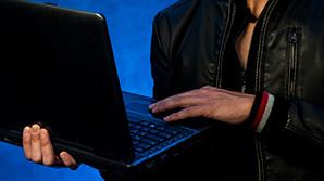 В США у агента секретной службы украли ноутбук с документами на Трампа и Клинтон
