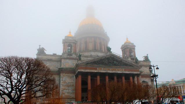 Избирком Петербурга одобрил референдум по Исаакиевскому собору