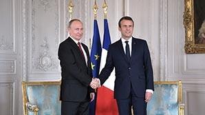 """Макрон при Путине назвал Russia Today """"органом лживой пропаганды"""""""